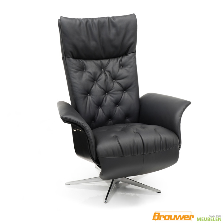 relax-fauteuil-met-knopen-stiksel-stoere-fauteuil
