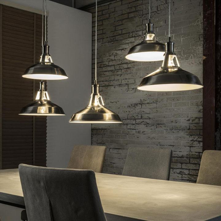 industriele hanglamp zwart 5 kappen
