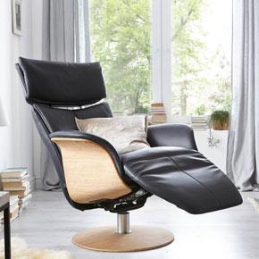 relaxfauteuil-leer-zwart-hout-verstelbare-hoofdsteun