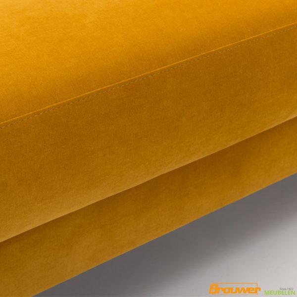 velvet geel