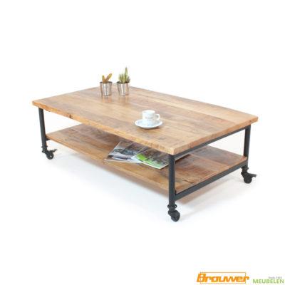 salontafel met onderblad op wieltjes mangohout
